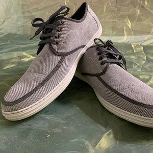 Giovanni Casual Lace-Up Fashion Sneaker